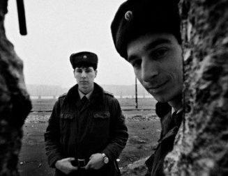 Hace 30 años caía el Muro de Berlín: mensajes de los Papas que quedarán en la memoria